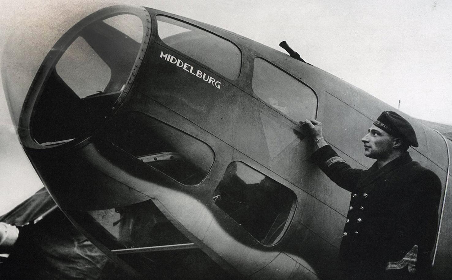Vliegen 320 Squadron-03 nieuw